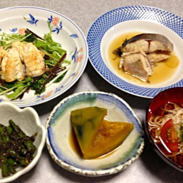 イサキとカワハギの煮付け、フグのソテー、そうめん、カボチャの煮付け、インゲンの胡麻和えです。 - 6件のもぐもぐ - イサキ、カワハギ、フグをいただいたので… by orieueki