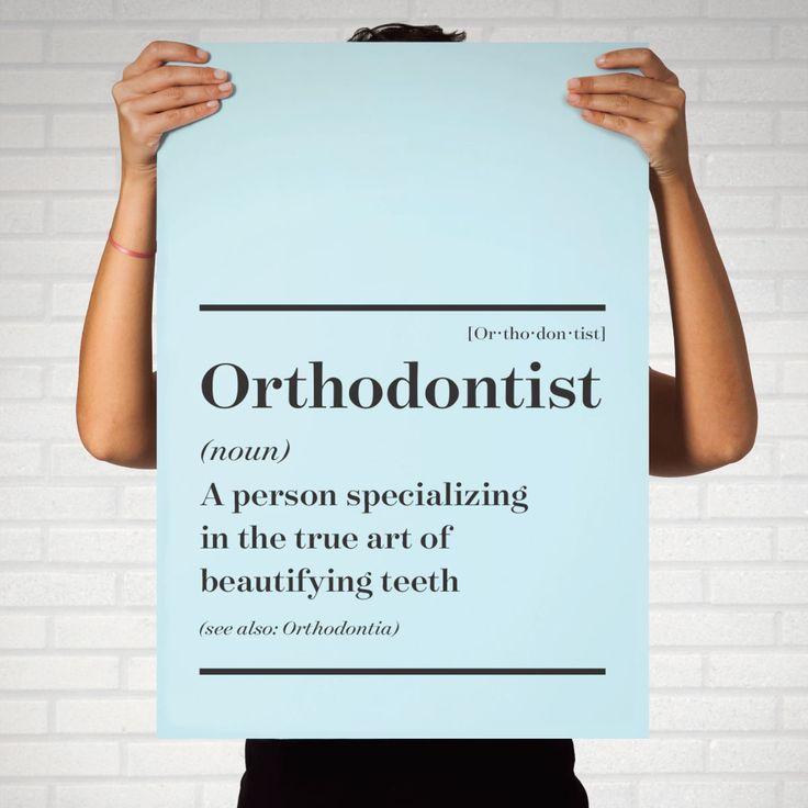 Ortodoncista: Una persona especializada en el verdadero arte de embellecer tus dientes. En Smile Acapulco® contamos con los mejores especialistas dentales. ¡Ven y comprueba nuestra calidad!