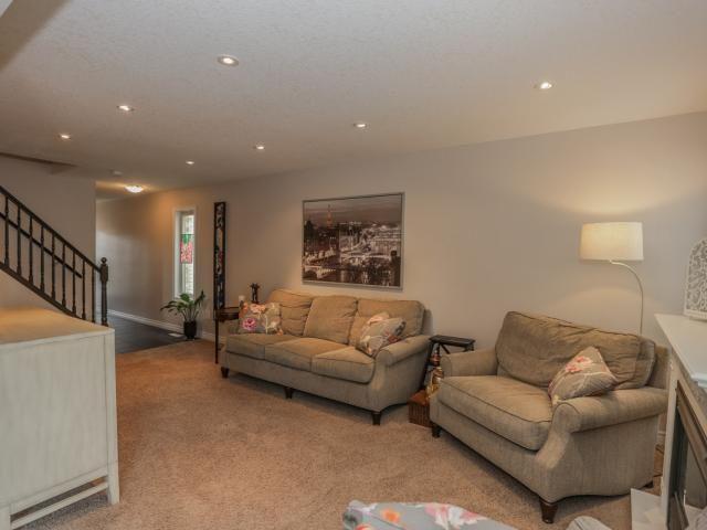 6828 Vallas Circle, London -  5-Year-Old, 3 Bedroom, 2.5 Bathroom, 2-Storey in Talbot Village -  http://www.JeffBroughton.ca/listing/cms/6828-vallas-circle-london/