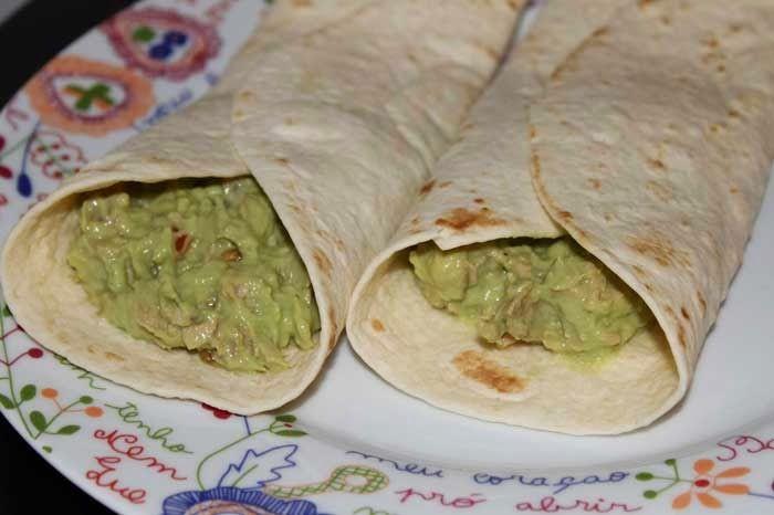 Receita de Tacos de Abacate e Atum.  .