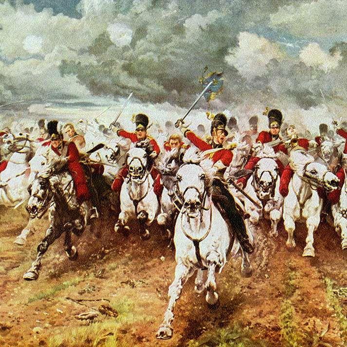 Mientras Europa teme el resultado de la batalla de Waterloo en 1815, el Barón de Rothschild, influyente banquero londinense, es informado de la inminente derrota de Napoleón pero aun creyendo posible lo contrario pone en venta todas sus divisas inglesas. Eso hizo cundir el pánico y desencadenar el final. Posteriormente el barón volvió a adquirirlas por una módica suma. En un día vio su fortuna multiplicada por veinte. #napoleón #waterloo #rothschild…