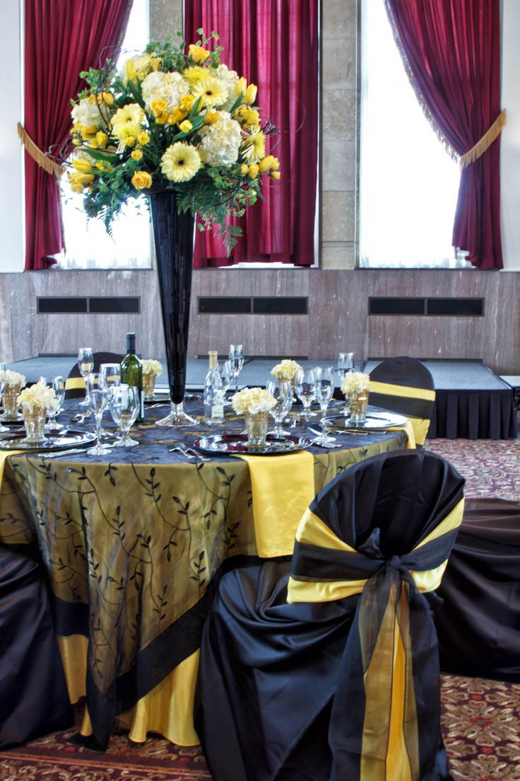 black white purple wedding reception%0A Black and yellow wedding decor