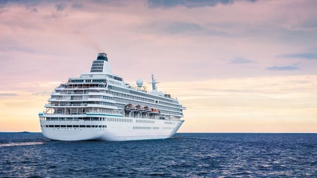 When it comes to cruising there are plenty of ways you can make you budget stretch further without have to give up quality.