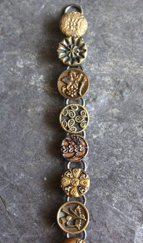 Braccialetto di pulsante antico vittoriano foto di OldNouveau