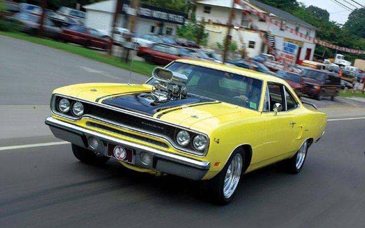 Blown 1970 Plymouth Road Runner - PHOTOGRAPHY
