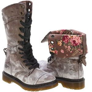 I have a sweet spot for Dr. Martens.  These just made me say Oooohh out loud.  Love those flowers!