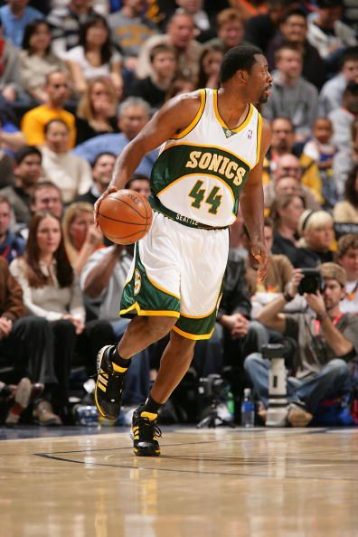 Adrian Griffin of the Seattle SuperSonics moves the ball during the NBA game against the Golden State Warriors on February 26 2008 at Oracle Arena in...