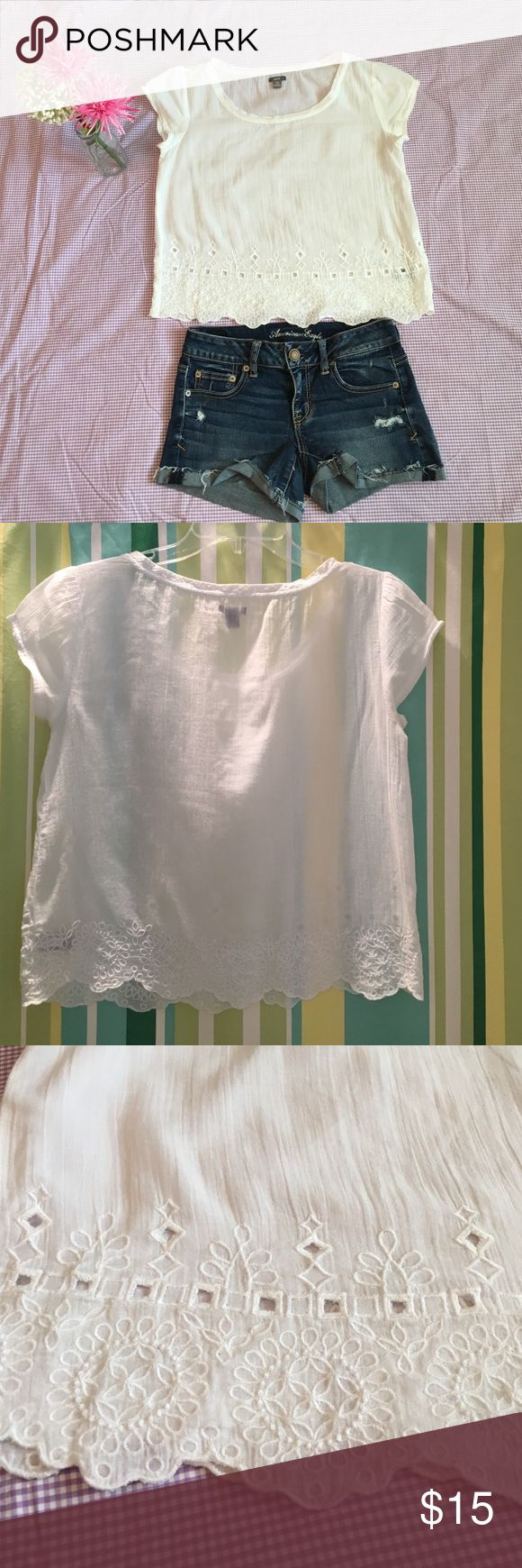 Aerie Crop Top Like  new Crop Top from Aerie, it soooo cute with Jean shortsit is shear ! aerie Tops Crop Tops