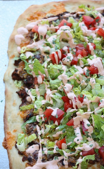 Pioneer womans taco pizza