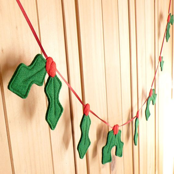 Felt And Ribbon Holly Berry Garland / Christmas Decoration by BeGoodDarcey.