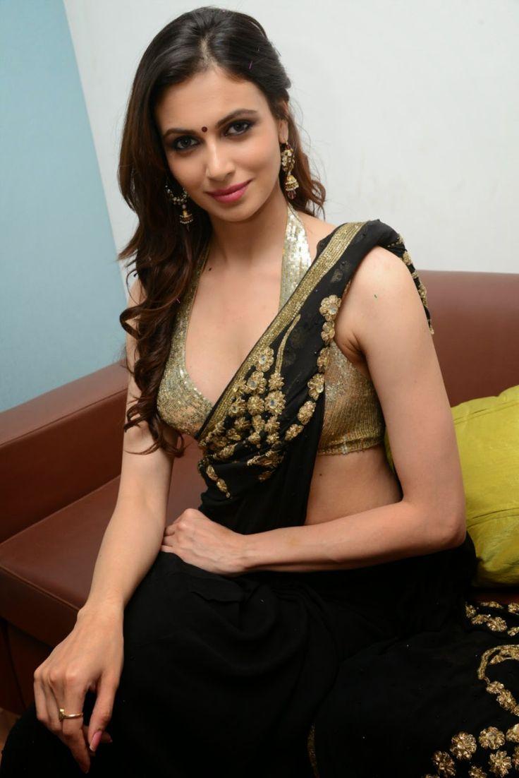South Indian Actress Hot Sexy Saree Navel Photos Related -6794