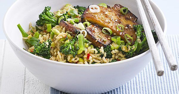 Healthy hoisin-glazed tofu with stir-fried brown rice is really easy, vegetarian, and under 500 calories.
