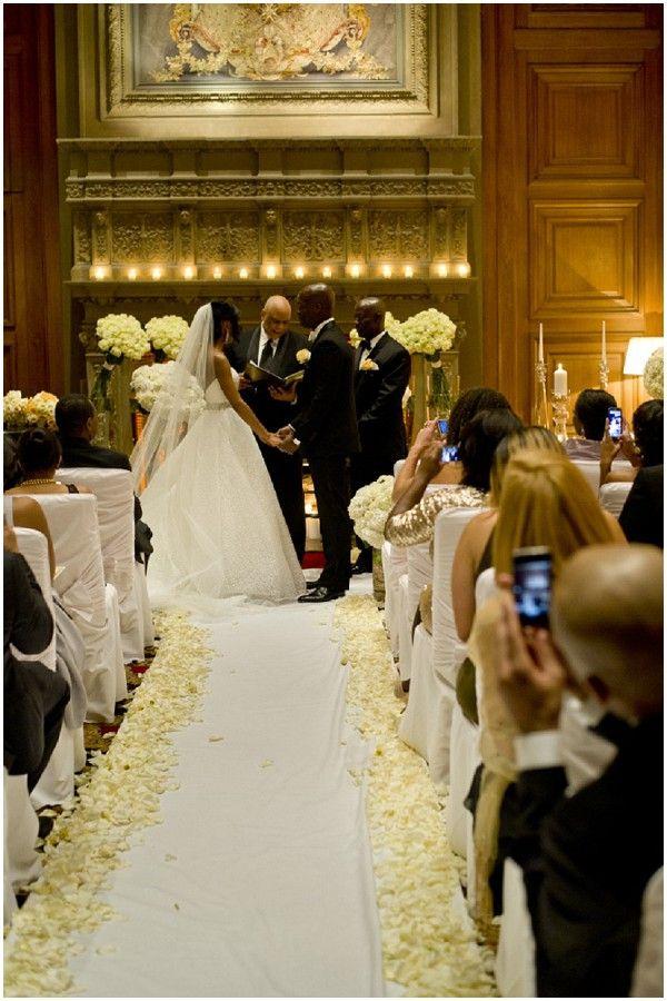 Paris wedding hotel  | Image by WeddingLight