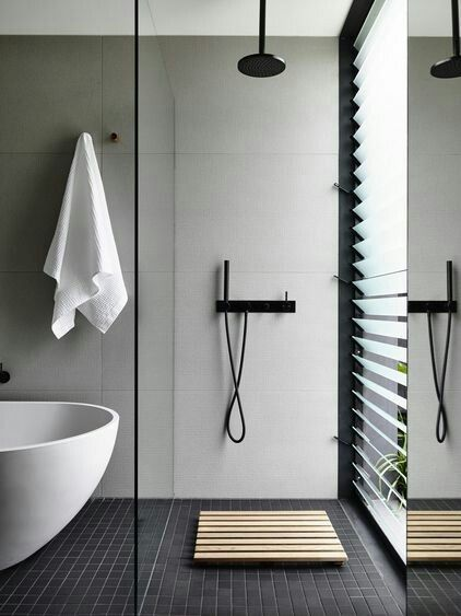 Bold accessories bring out the #spa feeling in the #bathroom #TorontoLuxuryOnline