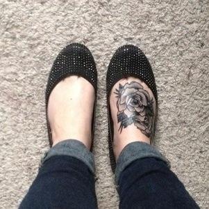 B/W Rose foot tattoo