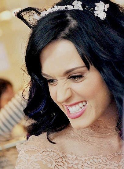 Katy Perry - snarling kitty XP