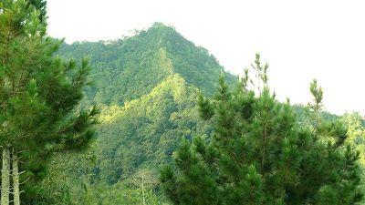 Gunung Manglayang salah satu wisata alam di bandung timur yang oke