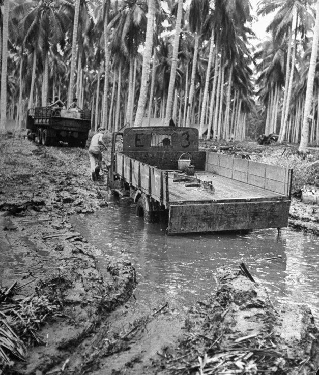 Guadalcanal, 1942: Rare and Classic Photos From WWII - LIFE../ qw
