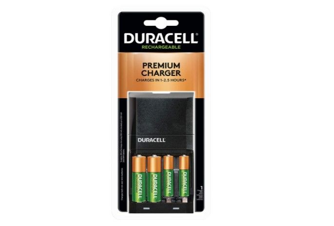 Duracell Ion Speed 4000 Battery Charger With 2 Aa And 2 Aaa Batteries Charger For Double A And T Duracell Aaa Battery Charger Battery Charger