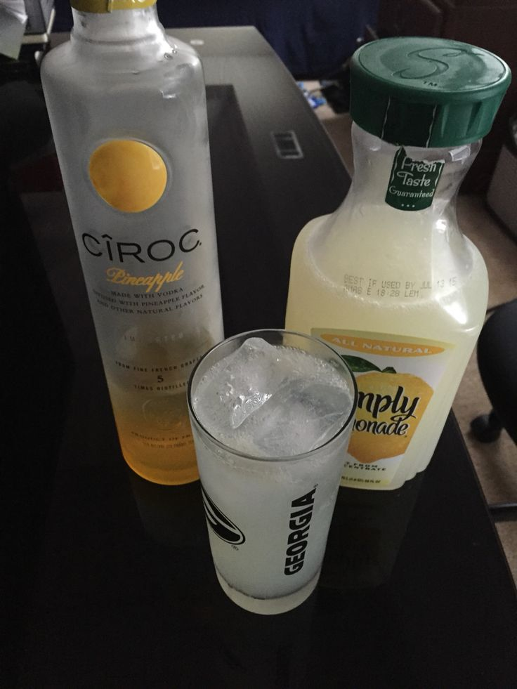 Cîroc pineapple & Simply Lemonade