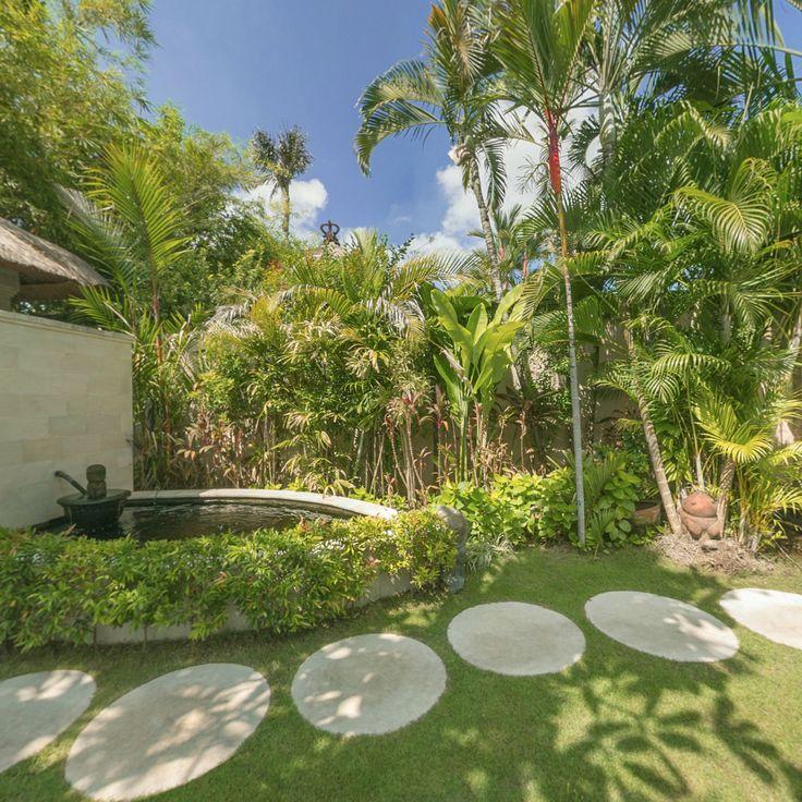 Each of our villas at Kubu nestles in lush and vibrant gardens - perfect natural relaxation. ☀️  ❤️✨  www.villakubu.com #villakubu #seminyak #gardens #beautiful #bali #tropicalparadise #globetrotter #wanderlust #travel