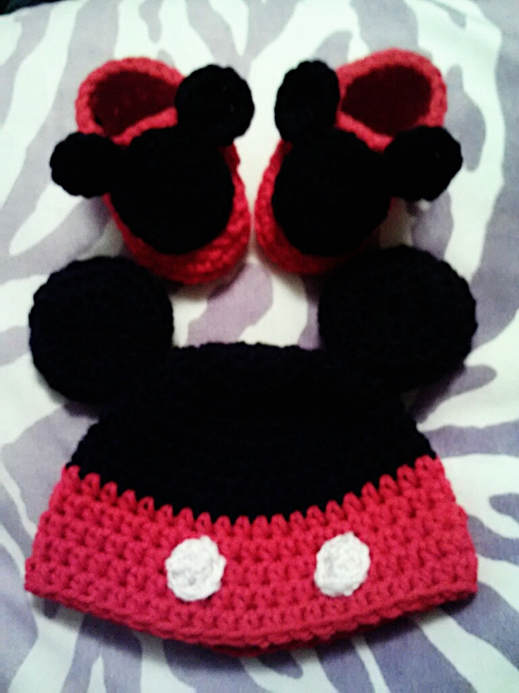 mickey mouse hat and booties set....hat pattern via Repeat Crafter Me....fits 0-3 months $10 for full set