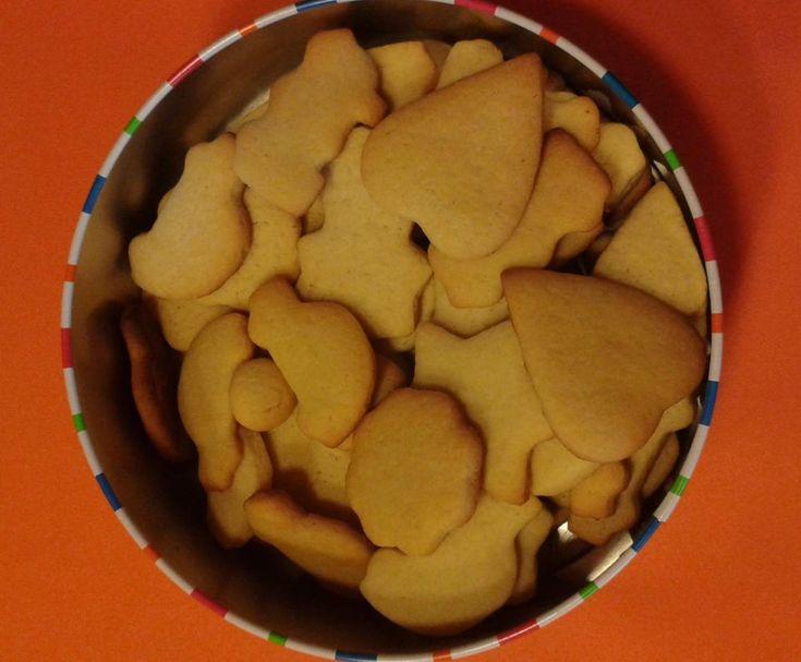 Receita Bolachas de Manteiga por c.brancopereira - Categoria da receita Bolos e Biscoitos