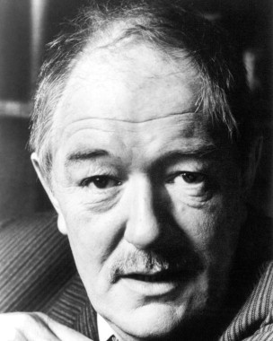 Michael Gambon as Chief Inspector Jules Maigret long before Harry Potter and Top Gear test tracks.