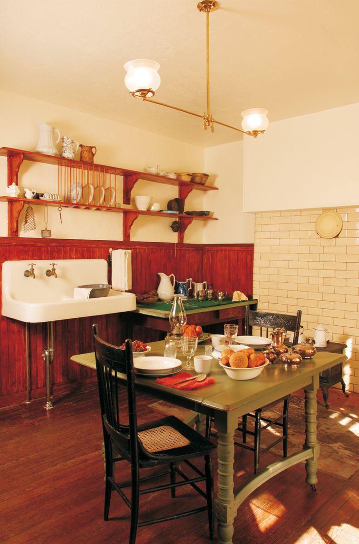 Victorian Kitchen Furniture 17 Best Images About Victorian Kitchens On Pinterest Queen Anne
