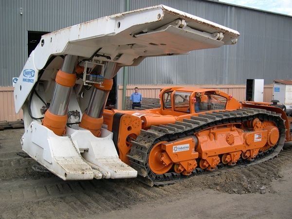 The 9 coolest mobile hydraulic cylinder applications