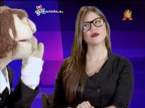 Las Noticias Al Estilo De Jorge Danner Y Cristina Argentina @KarinaLarrauri #Video
