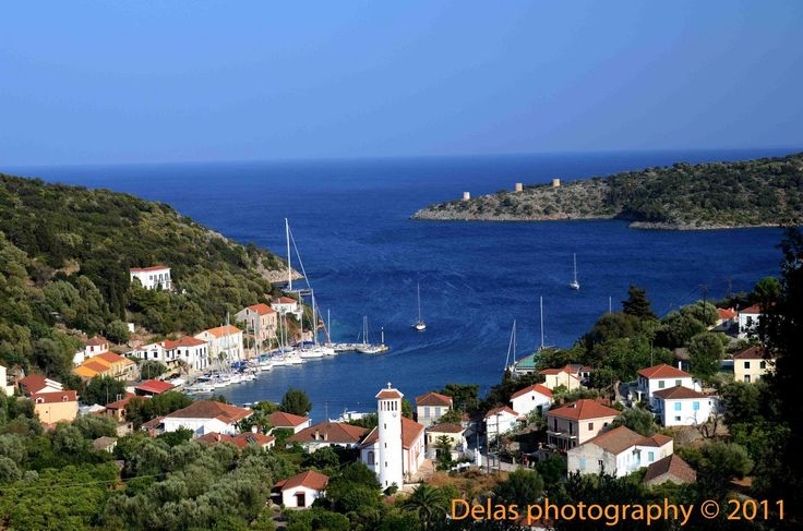 Kioni is located in the northern part of Ithaca and is considered by many as the most beautiful village of the island. #Greece #Ithaca #Terrabook #GreekIslands #Travel #GreeceTravel #GreecePhotografy #GreekPhotos #TravelTips #Traveling #Travelling #Holiday #Summer