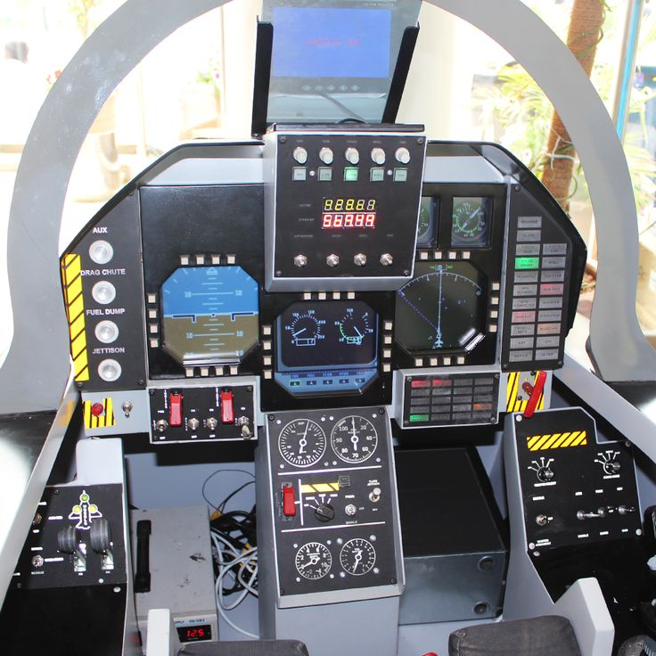 """""""Made in Pakistan"""" simulators for planes and automobiles built by Thrust Factor."""