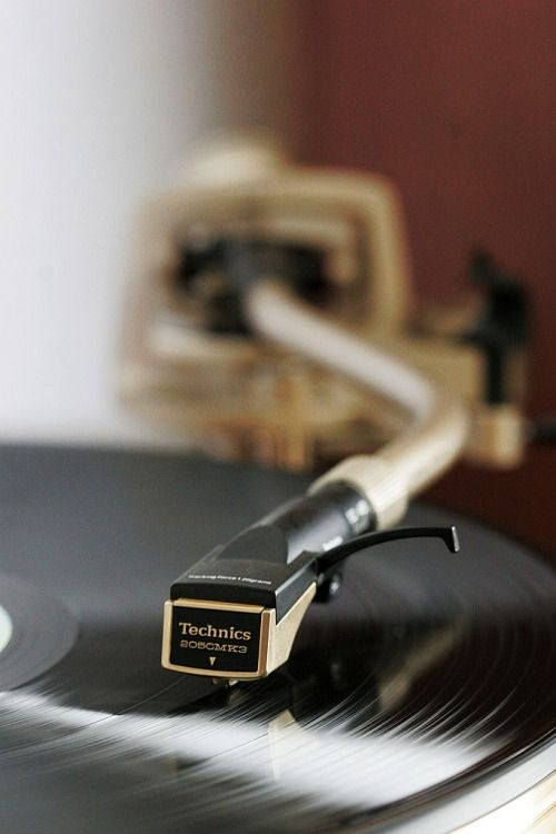 ...that beautiful crackle when the needle touches vinyl