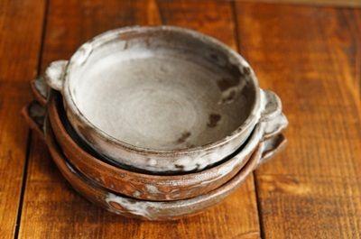 重なるグラタン皿 |月下陶房の創る生活