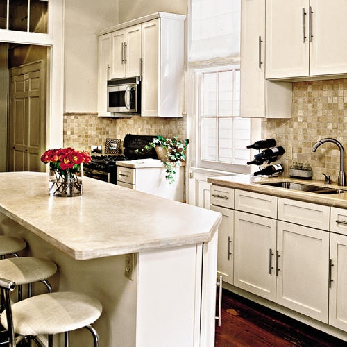Benjamin Moore Antique White Kitchen Cabinets: Benjamin Moore Navajo White And Bone White