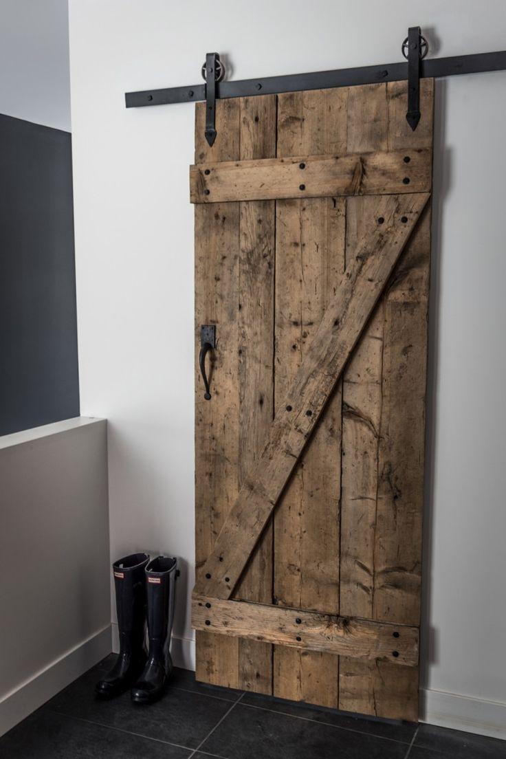 Les 25 meilleures id es de la cat gorie escalier escamotable sur pinterest - Fabriquer une porte de grange ...
