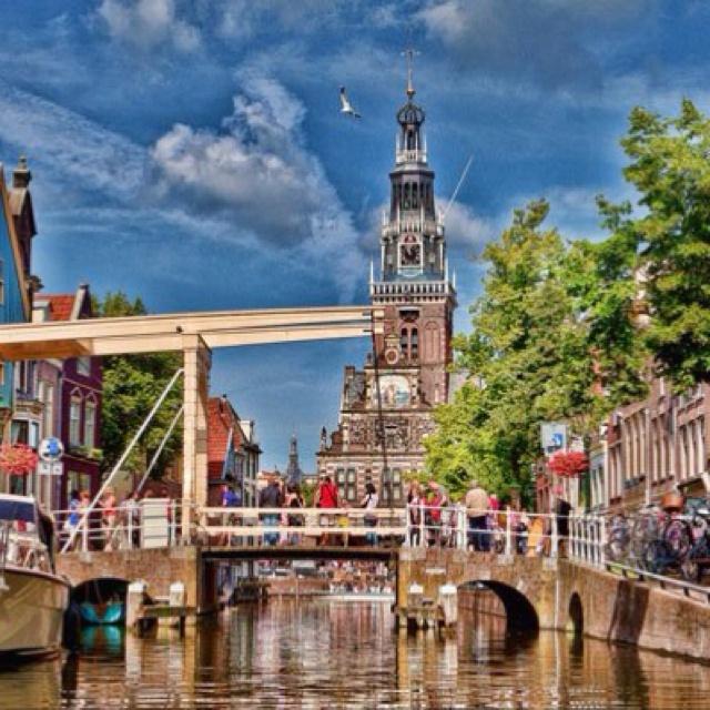 Alkmaar, Nederland Gorgeous town and wonderful people!