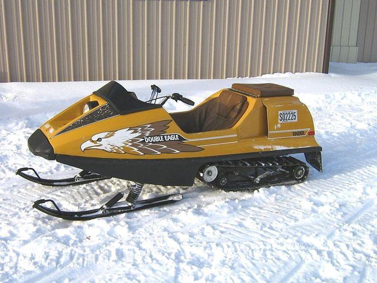 Snowmobiles Speed Machines
