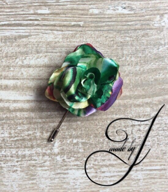 Rose lapel flower/pin