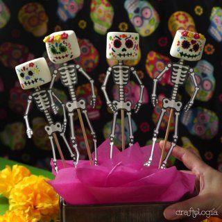 Calaveritas de Bombón Dulceros Halloween, Halloween Treats For Kids, Kawaii Halloween, Halloween Fashion, Halloween Cakes, Halloween Birthday, Halloween Decorations, Sugar Skull Cakes, Sugar Skulls