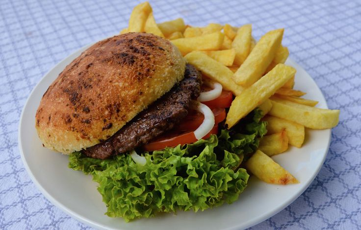#Hamburger met #friet