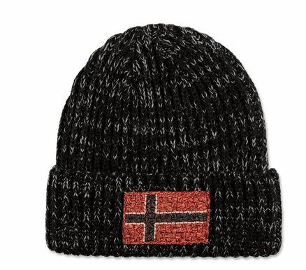 Bonnet Napapijri Fassed http://www.carnets-nordiques.com/bonnets-hiver-2015/