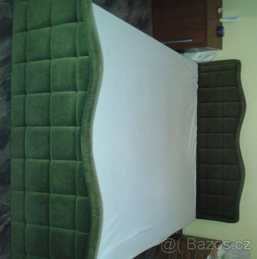500 kladno Rám postele polstrovaný - Kladno, prodám