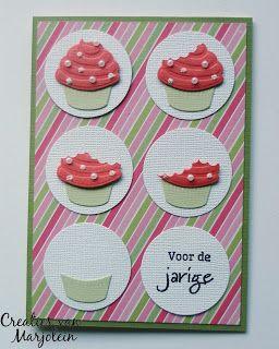 Creaties van Marjolein Marianne Design Creatable LR0341 - Snijmal taart en cupcake CraftEmotions Clearstamp A6 - tekst NL gefeliciteerd art. nr. 130501/1150 Designpapier: Action