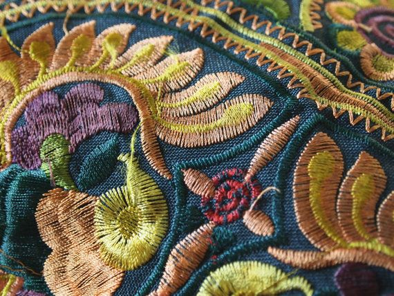 Hmong Wristlet frizione vecchio stile Vintage. Etnico ricamato