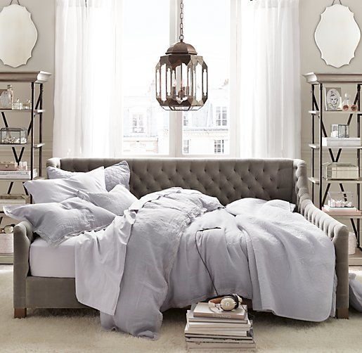 tufted daybed