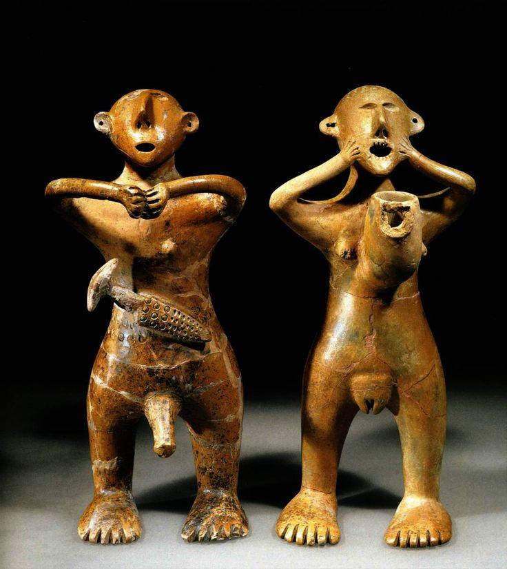Statuette homme et femme  – Art Perse Antique (-300 av J.C)  Bois- Mise en évidence des organes reproducteurs // Allure de prière / contestation