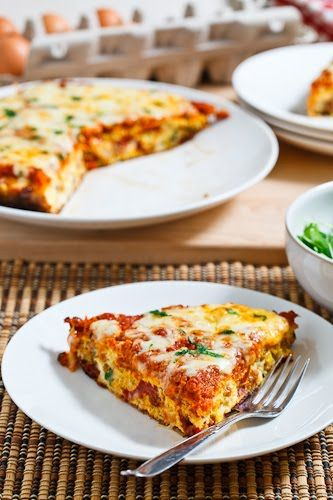 Is it a pizza? Is it an omelet? It's sorta BOTH! Roasted Red Pepper and Italian Sausage Frittata topped with Marinara and Mozzarella can be had breakfast, brunch, lunch, or dinner. And it's crust-free!