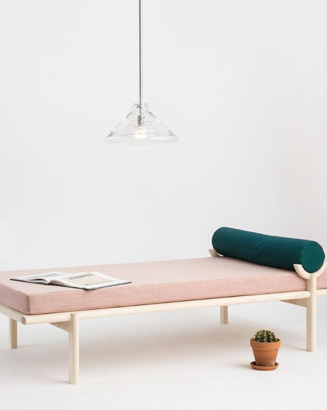 les 25 meilleures id es de la cat gorie chaises d 39 appoint sur pinterest chaise meubles peints. Black Bedroom Furniture Sets. Home Design Ideas